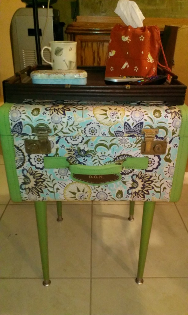 Fabric-Vintage-Suitcase-Table-25